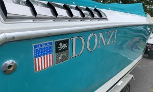 1989 Donzi 33 (Twin Merc 454 MAG)